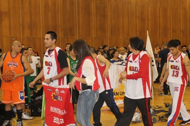 basketball2012opening14