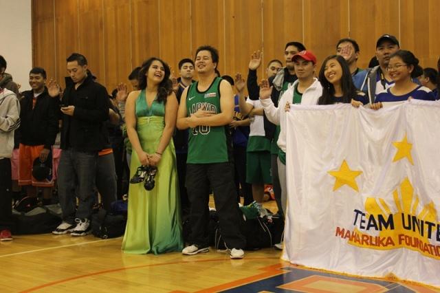 basketball2012opening24